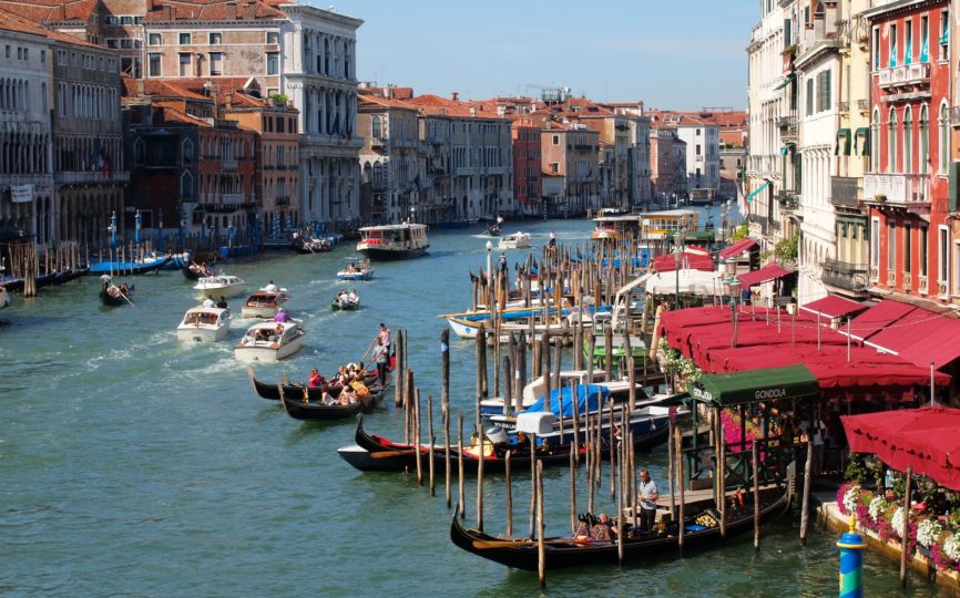 The Best of Venice on Foot and by Boat