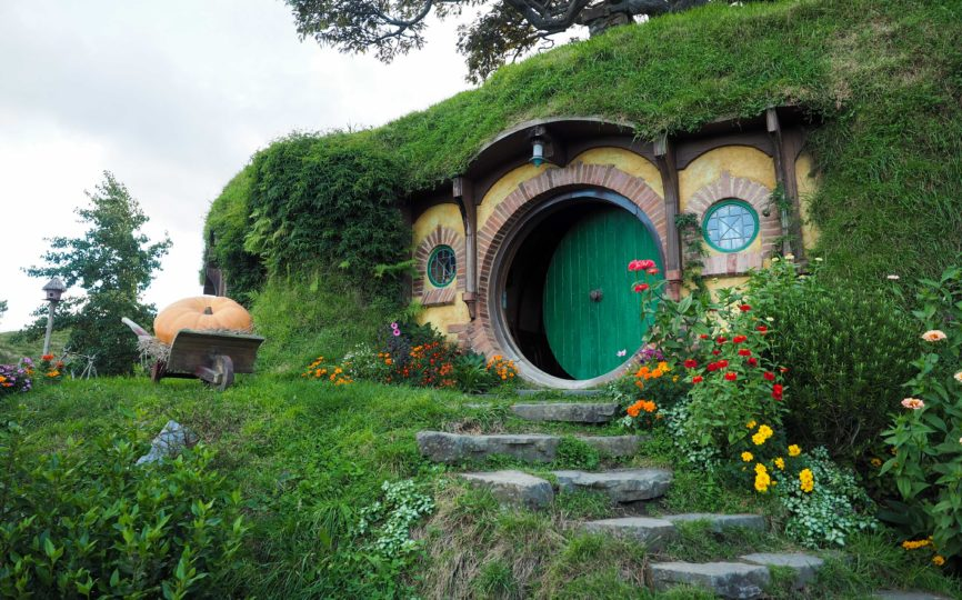 Visiting Hobbiton (Yes, This Place is REAL)