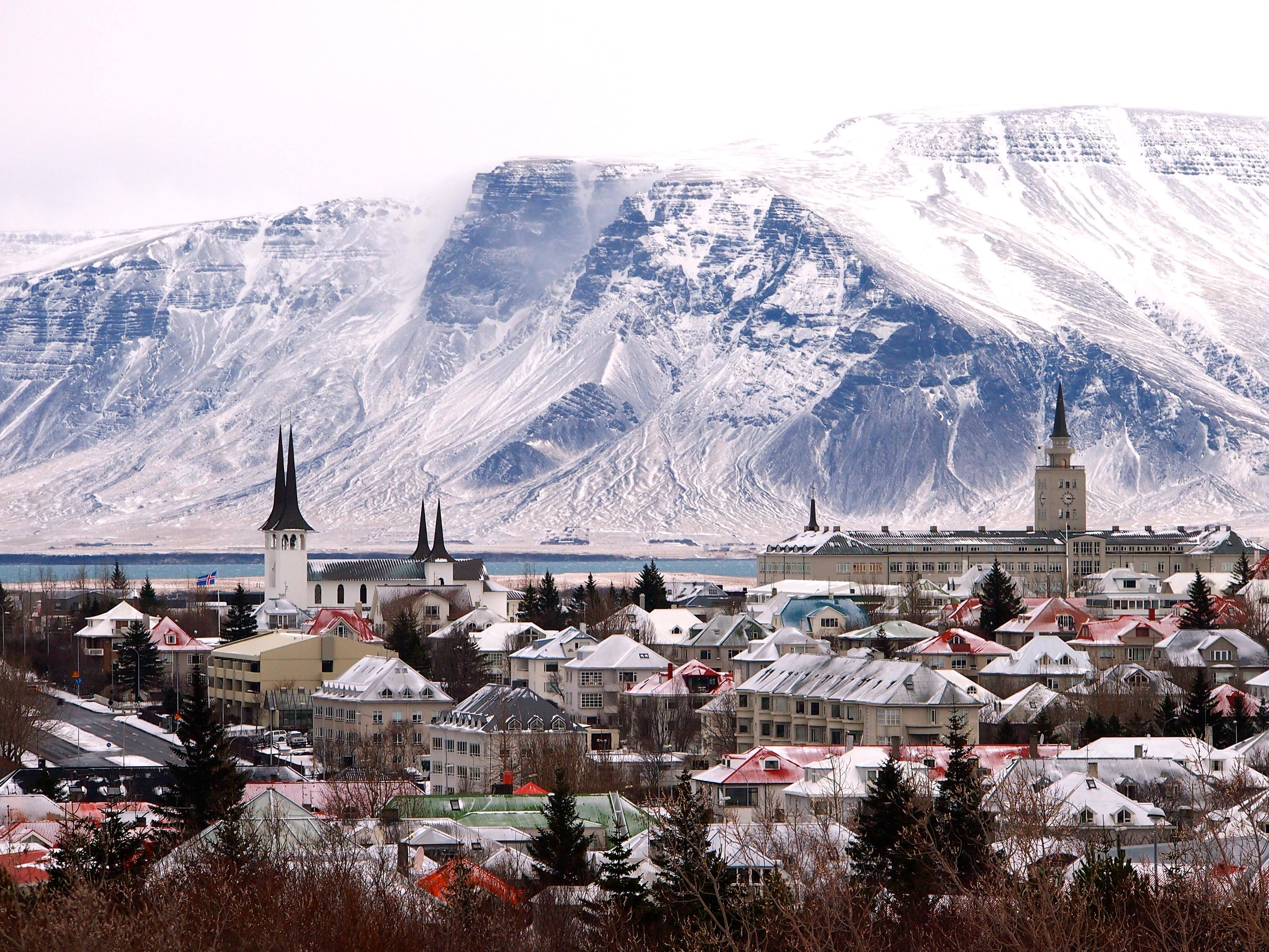 A 10 Day Itinerary For Iceland In Winter Without Renting A Car