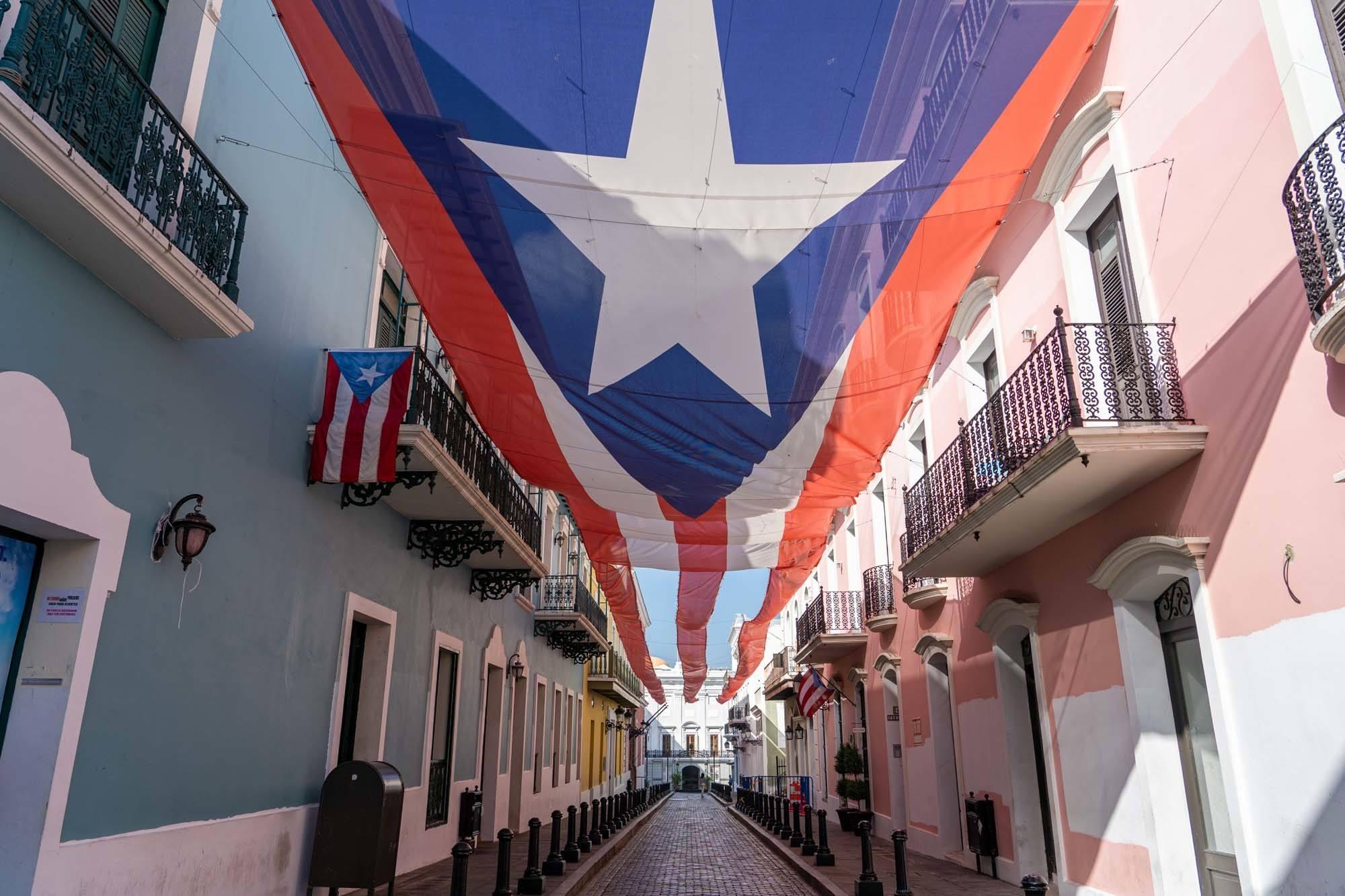 Calle Fortaleza, Old San Juan