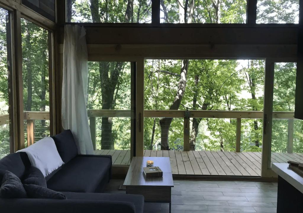 Hocking Hills treehouse