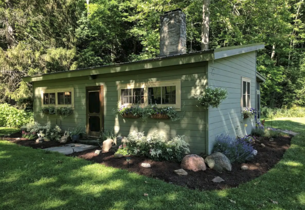 Secluded cabin in Wooster
