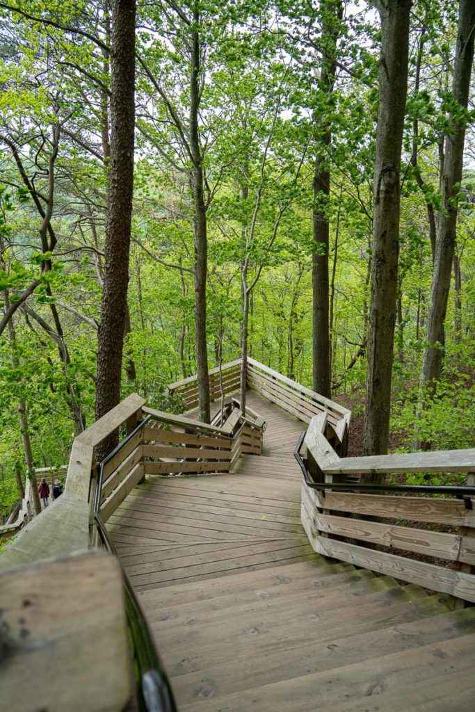 Steps down to New River Gorge Bridge overlook