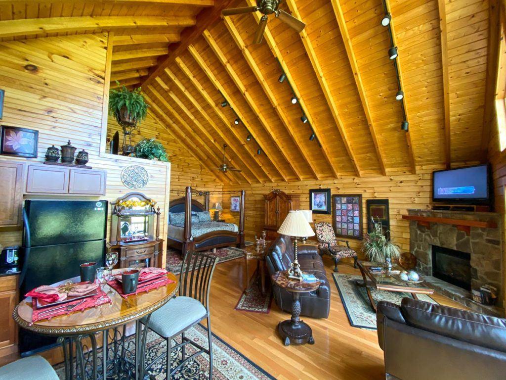Golden Anchor Cabins