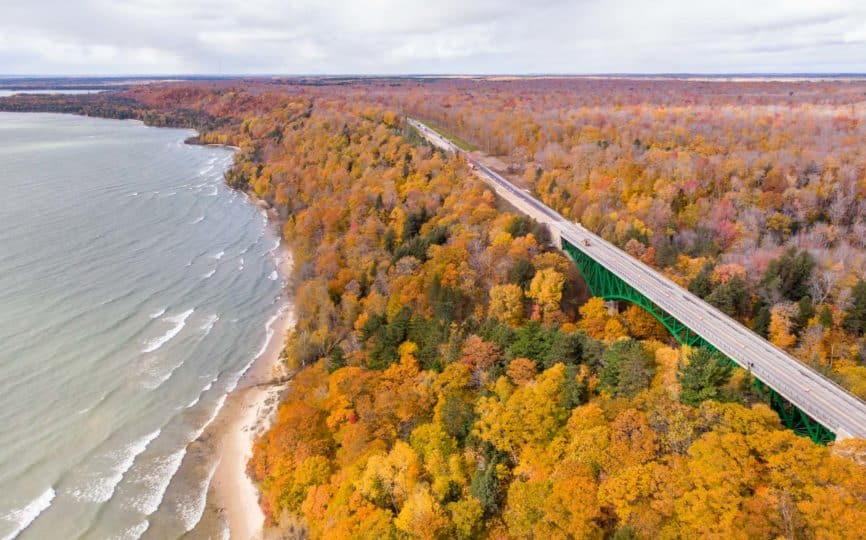 10 Amazing Places to See Fall Colors in Michigan
